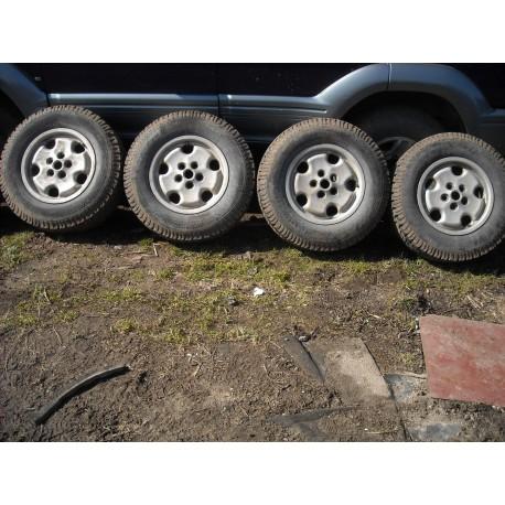 "Veljed 16"" Land Rover"